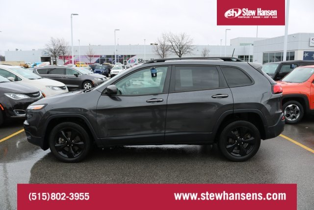 Certified Pre-Owned 2016 Jeep Cherokee Altitude