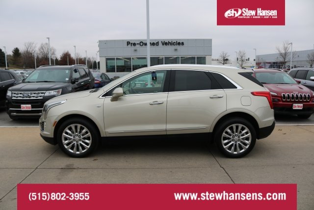 Pre Owned 2017 Cadillac Xt5 Platinum Awd Sport Utility In Urbandale