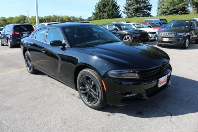 New 2019 Dodge Charger Sxt Sedan In Urbandale 9a0020 Stew Hansen