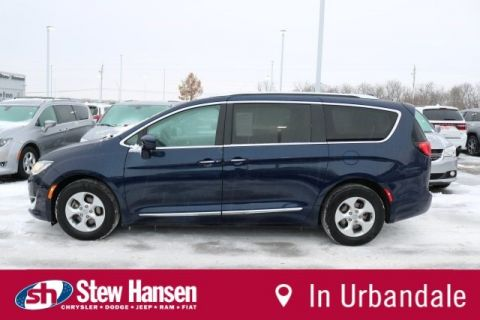 Certified Pre-Owned 2017 Chrysler Pacifica Touring-L Plus